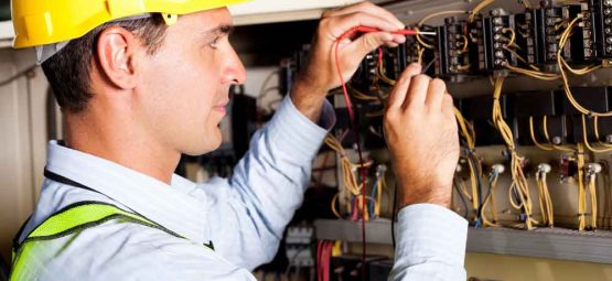 Electrical-Panel-Repair-555x255